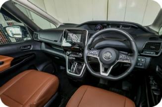 Nissan Serena - Dashboard